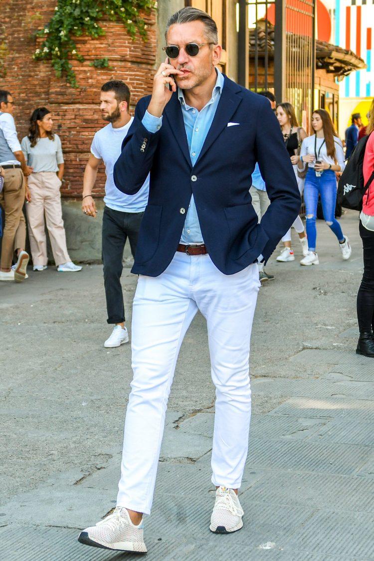 ホワイトジーンズ30代メンズファッション