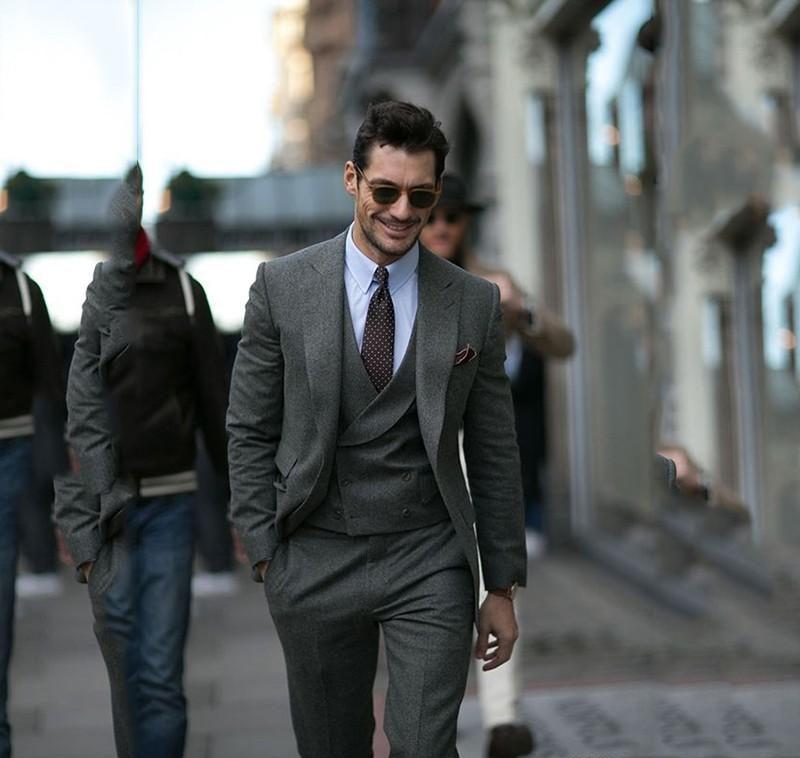 スーツの着こなし 30代